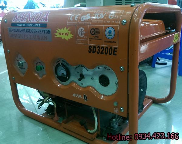 máy phát điện mini Sanda sd3200e 1