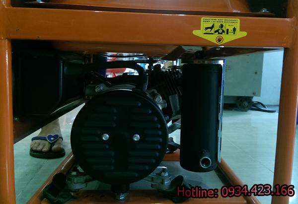 máy phát điện mini 3200r 3